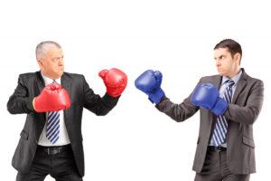 2 גברים עם כפפות איגרוף